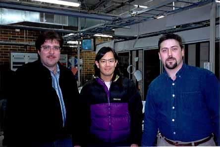 Ta trójka zniszczyła Kevina Mitnicka. Od lewej: znienawidzony dziennikarz John Markoff, specjalista od spraw zabezpieczeń Tsutomu Shimomura i technik telekomunikacyjnej firmy Sprint - Jim Murphy.